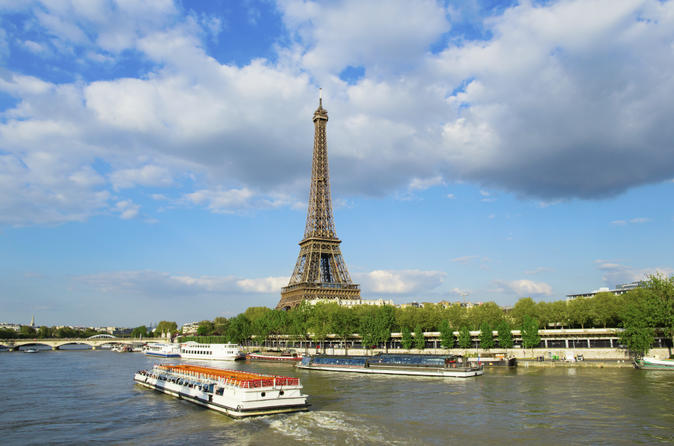 Paris sightseeing from disneyland including skip the line louvre in marne la vall e 180549