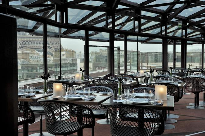 Rooftop Dining Experience facing the Eiffel Tower & Cruise