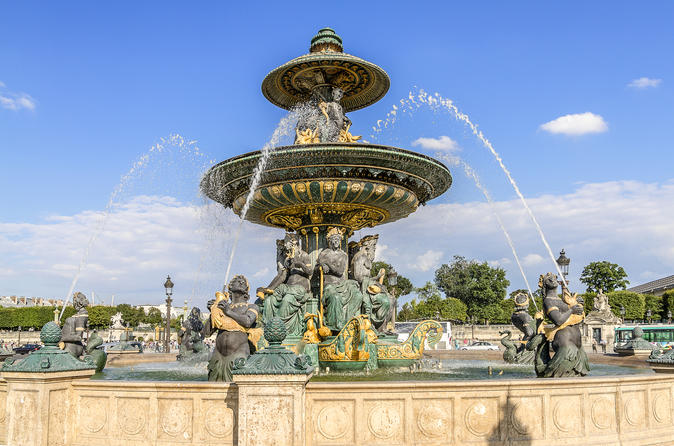 Skip-the-Line AudioGuided Versailles & Hop On Hop Off Big Bus Sightseeing Tour