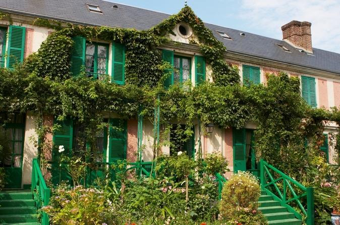 Viagem de um dia para grupos pequenos a Giverny e ao Jardim de Monet, partindo de Paris