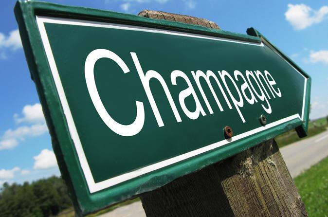 Viagem de um dia pela região de Champagne saindo de Paris