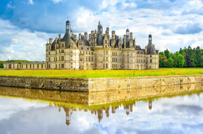Viagem diurna aos castelos do Vale do Loire, saindo de Paris, incluindo Chambord, Cheverny e Chenonceau