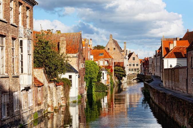Viagem diurna de Paris a Bruges