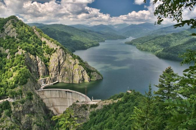 The Ruins of Vlad the Impaler's Citadel plus Vidraru Lake and Curtea de Arges Monastery Day Trip from Bucharest