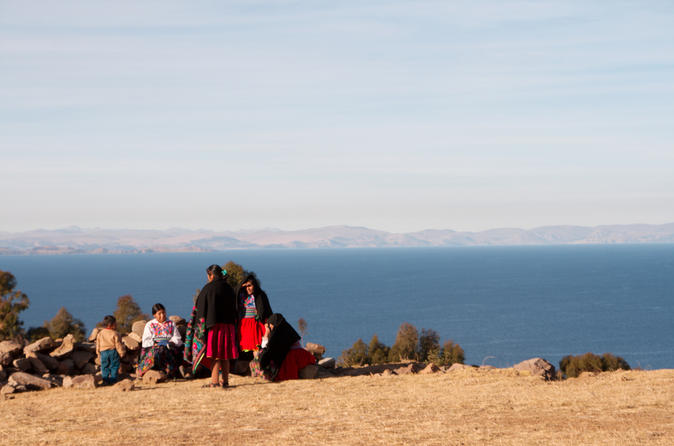 2-Day Tour Uros, Amantani and Taquile Islands with Homestay