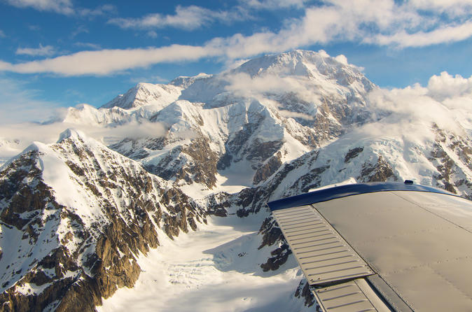 Denali north face flight expedition in denali national park and 325932