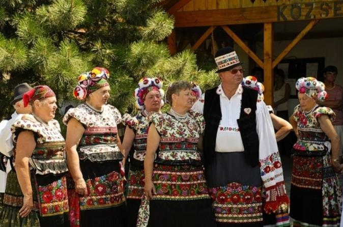 Private Mezokovesd and Matyo Culture Day Trip from Budapest