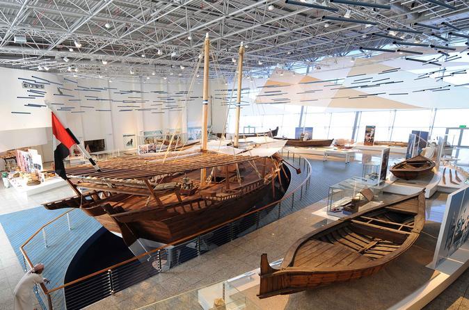 Tour of Sharjah Aquarium and Maritime Museum