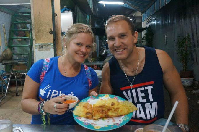 SAIGON STREET FOOD TOUR""