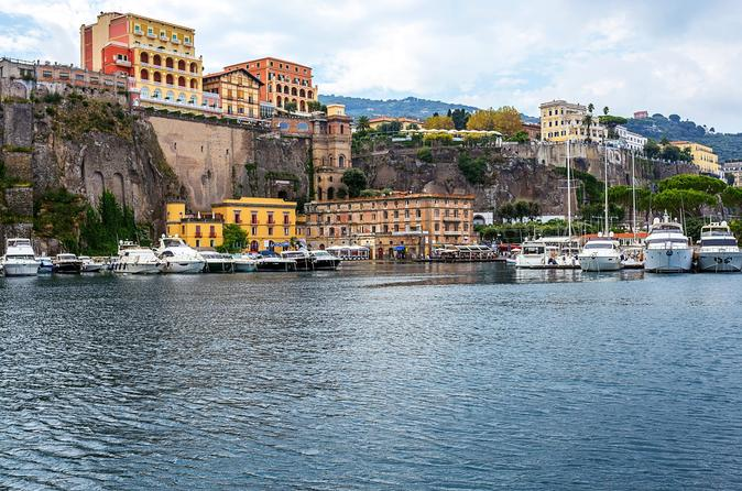 Shore Excursion: Sorrento Independent Tour from Naples