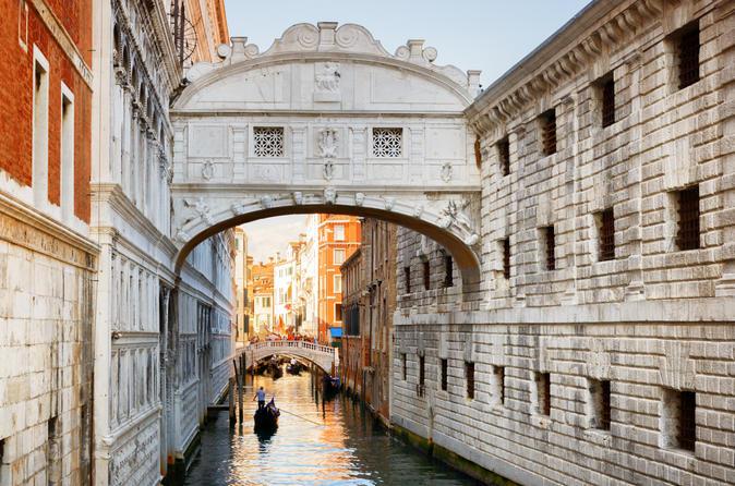 Shore Excursion: Walking Tour of Venice Off the Beaten Path