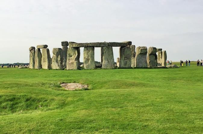 Excursão diurna em Bath, Stonehenge e a Zona rural inglesa saindo de Londres