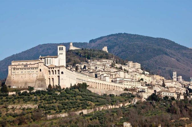 Assisi Cortona and Wine Tasting Fullday from Rome