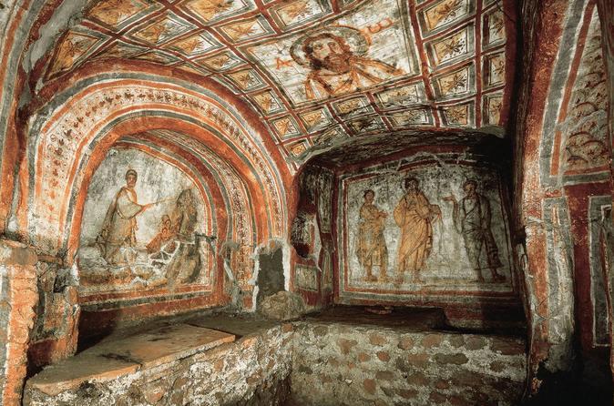 Private Half-Day Rome Tour: Roman Catacombs, Appian Way and Cecilia Metella Mausoleum