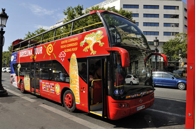 Barcelona hop on hop off tour east to west route in barcelona 142314