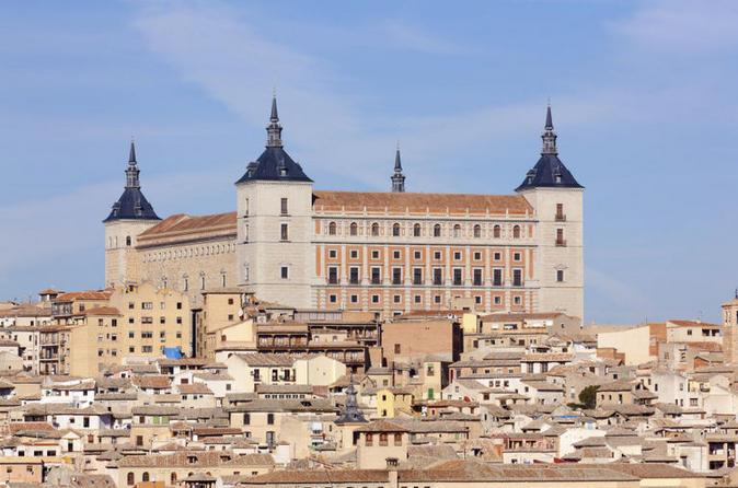 Excursão de 5 dias pela Espanha: Sevilha, Córdoba, Toledo, Ronda, Costa del Sol e Granada saindo de Madri