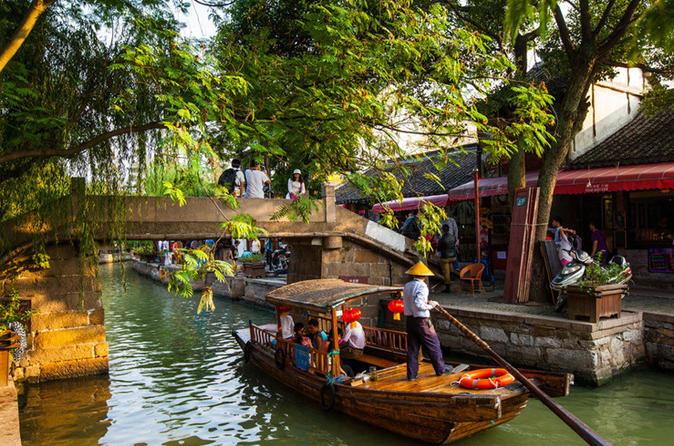 Half-Day Tour: Zhujiajiao Water Village with Boat Ride
