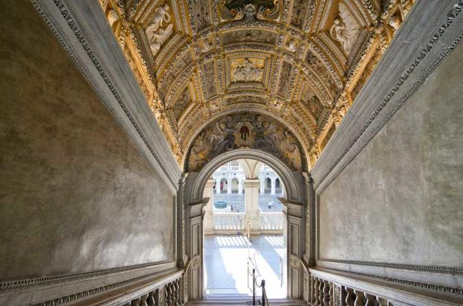 Heart Of Venice: Doge's Palace, Basilica, Charming Gondola Ride And Panoramic Tour!