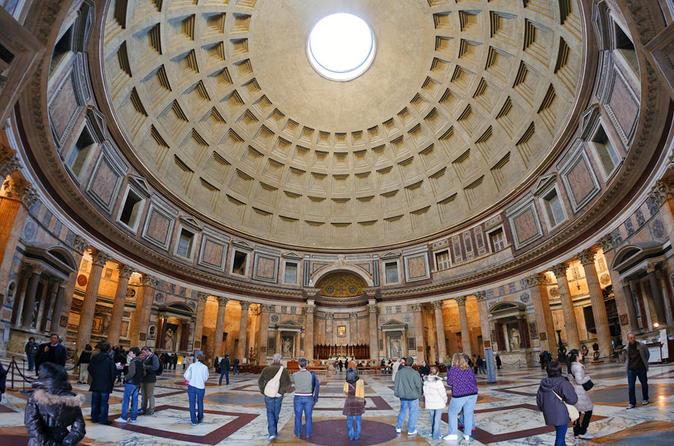 Evite as Filas: Coliseu e Roma Antiga, incluindo excursão a pé para grupos pequenos, incluindo Panteão e a Piazza Navona