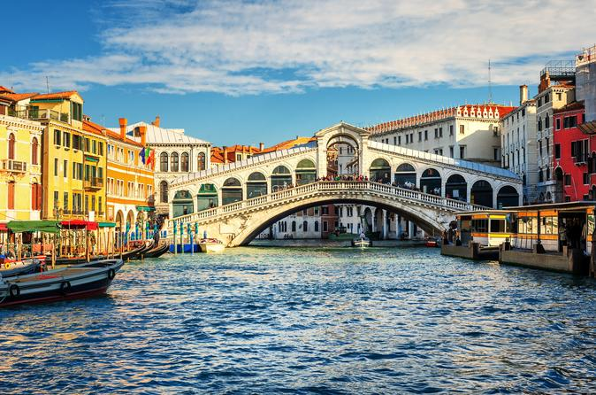 BEST OF VENICE WALKING TOUR WITH SAINT MARK'S BASILICA AND GRAND CANAL RIDE