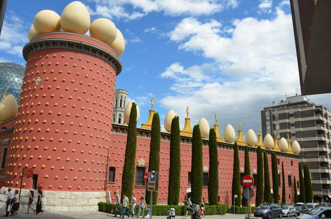 Museo Dali Barcelona.Private Tour Salvador Dali Museum At Figueres And Girona Day Trip