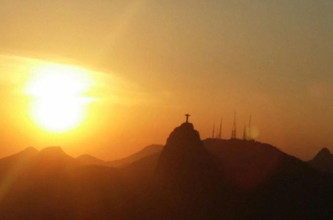 Sunset at sugar loaf and corcovado mountain tour in rio de janeiro 248505