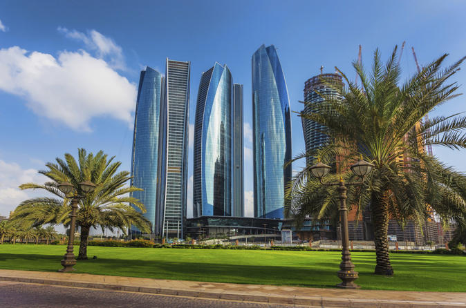 Abu Dhabi Skyscrapers and Iconic Sights Tour