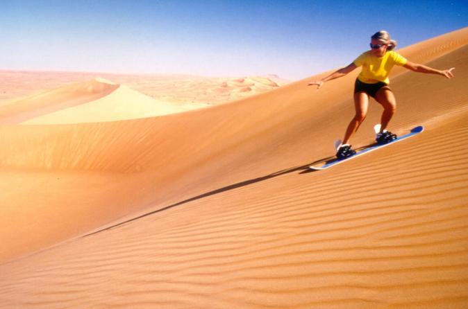 Dubai 4x4 Sandboarding Safari