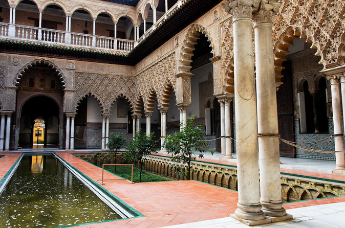 Seville Sightseeing Tour: Royal Alcazar Palace, Plaza de Espana, Seville Cathedral and Santa Cruz Quarter