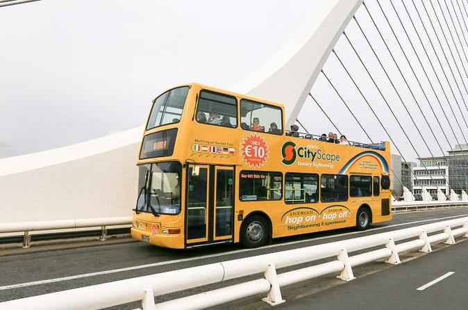 Hop-On Hop-Off Bus Sightseeing Tour in Dublin