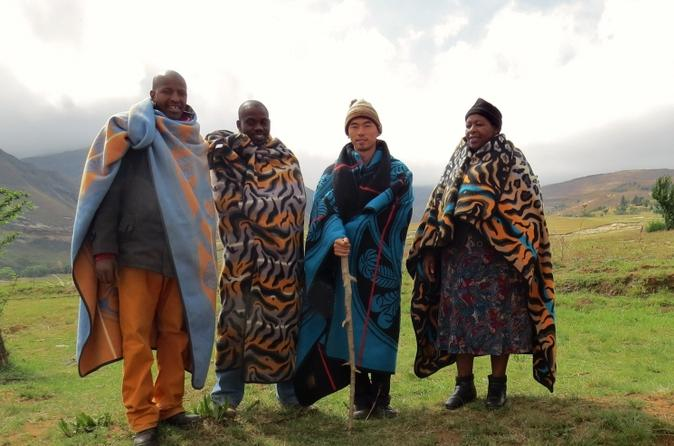 Full-Day Lesotho Hiking and Community Tour from Bergville