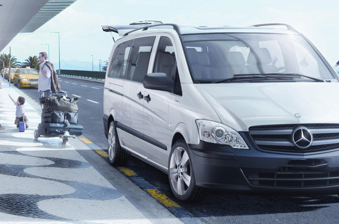Private Transfer: Casablanca Airport to Marrakech