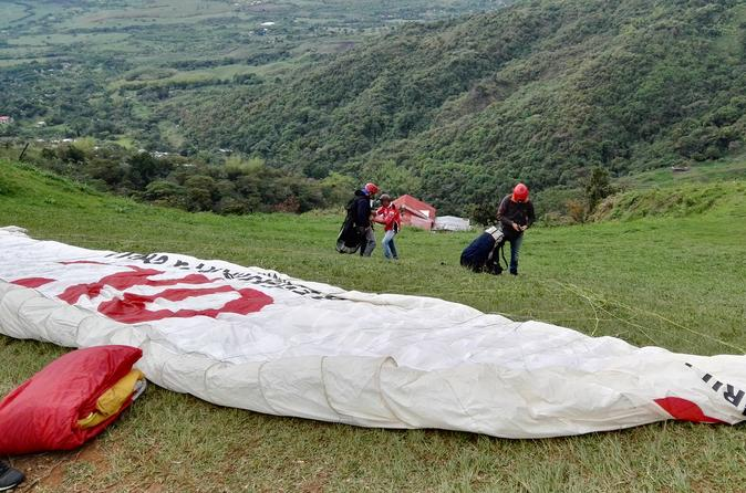 Paragliding tour from cali in cali 266154