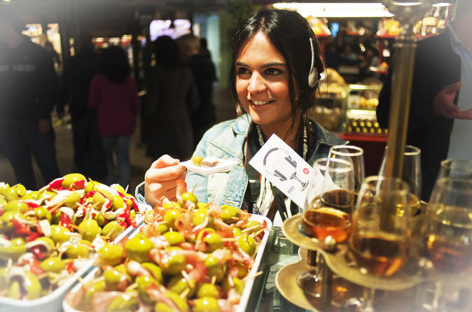 San Miguel Market: Sherry and Tapas Tasting Tour in Madrid