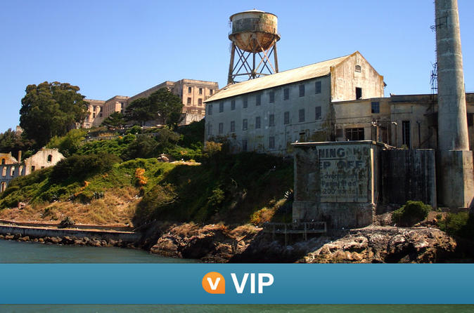 Viator vip early access to alcatraz and exclusive cable car in san francisco 136689