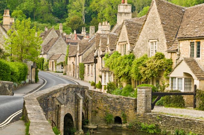 Excursão para grupos pequenos de dois dias em Cotswolds, Bath e Oxford partindo de Londres.