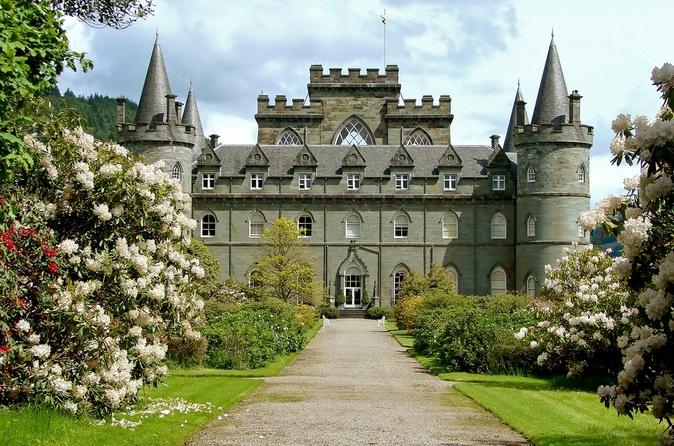 Viagem de um dia para grupo pequeno aos lochs e castelos de West Highland saindo de Edimburgo