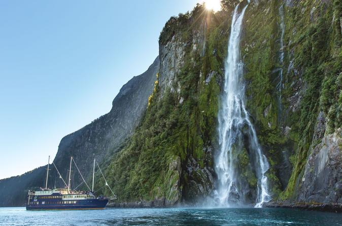 Queenstown super saver milford sound nature cruise plus walter peak in queenstown 211666