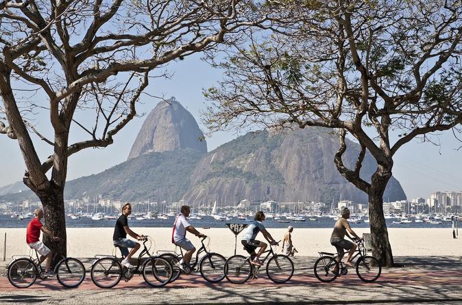 Excursão urbana de bicicleta para grupos pequenos no Rio de Janeiro