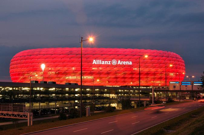 7-Day Imperial Triangle Tour Rail Tour from Munich to Vienna and Prague