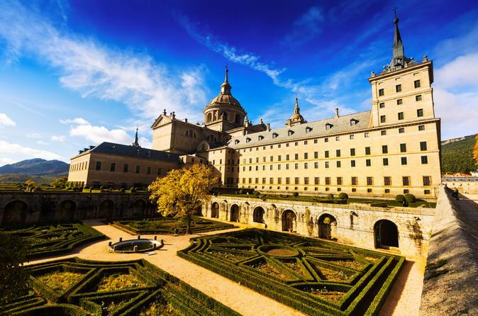 2 Days Combo from Madrid: Ávila, Segovia and El Escorial Day Tour & Toledo Day Tour