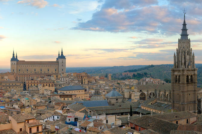 Toledo Full-Day Guided Tour with Optional Traditional Lunch from Madrid