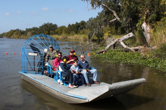 Passeio de aerobarco para grupos pequenos pelas baías pantanosas com transporte saindo de Nova Orleans