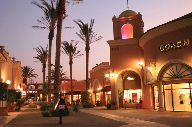 San Diego Shopping Tour to Las Amercias Outlet