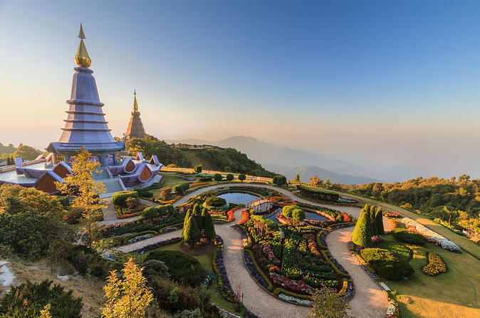 Small-Group Full-Day Tour of Doi Inthanon National Park From Chiang Mai