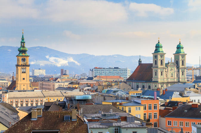 Day Trip from Cesky Krumlov to Linz - Transportation only