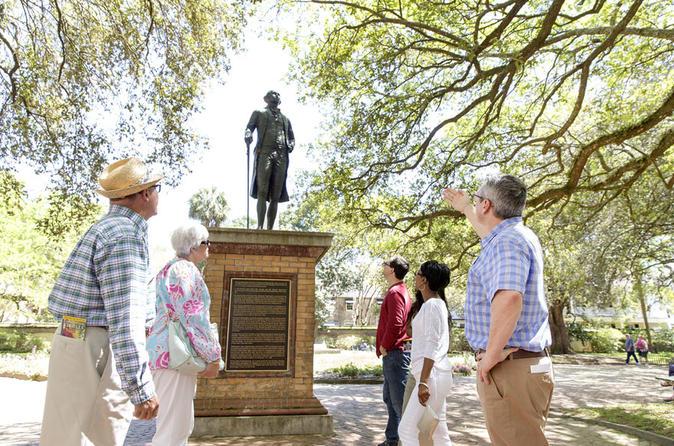 Historic Charleston Walking Tour: Rainbow Row, Churches, and More