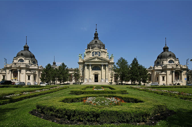 Budapest Super Saver: Budapest Walking Tour plus Small-Group History Tour