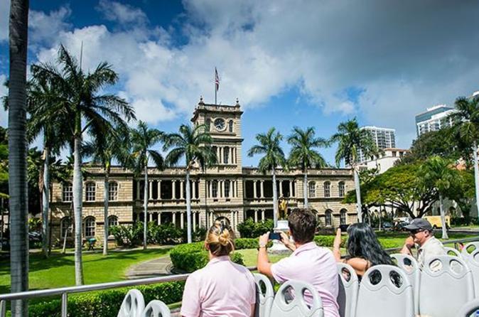 Excursão turística em um ônibus de dois andares por Honolulu, incluindo Pearl Harbor