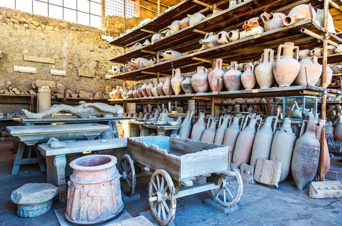 Descubra as ruínas antigas de Pompeia: viagem diurna saindo de Roma